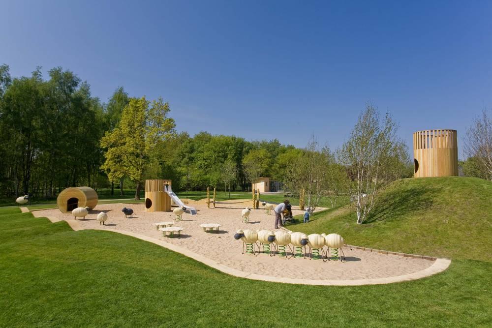 Grass Mounds Outdoor Playbook