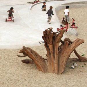 Stump play element