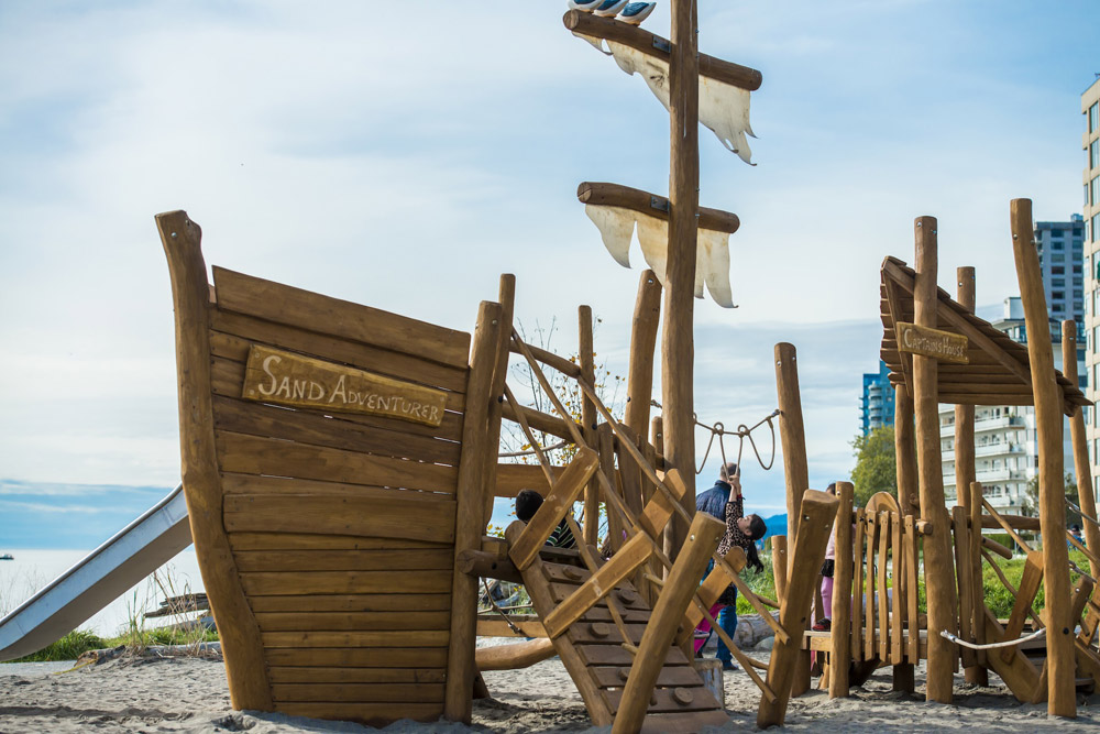 Playful wood pirate's ship structure